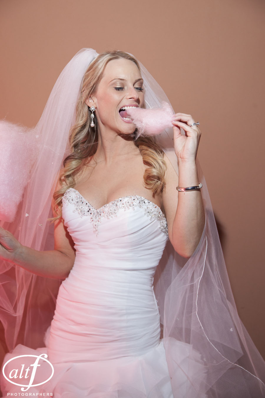 The Bride is So Sweet - Cotton Candy