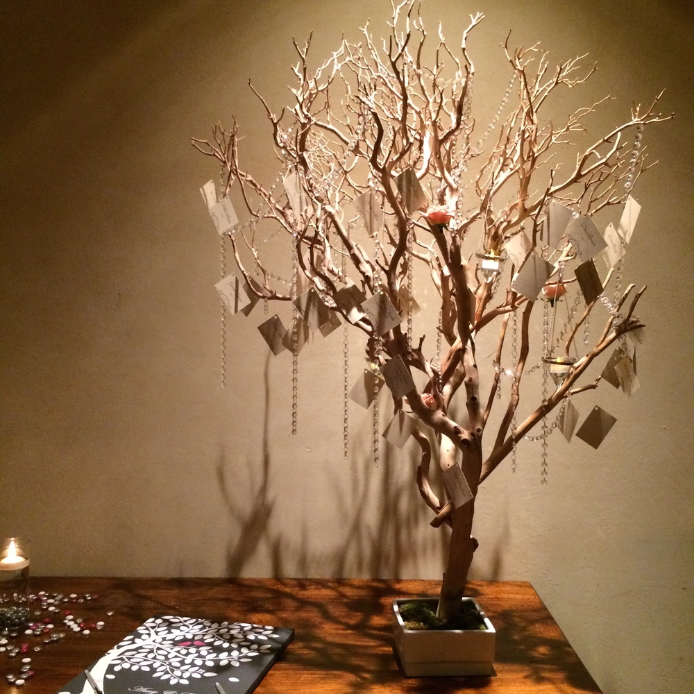 Hanging Escort Card Manzanita Branch Tree