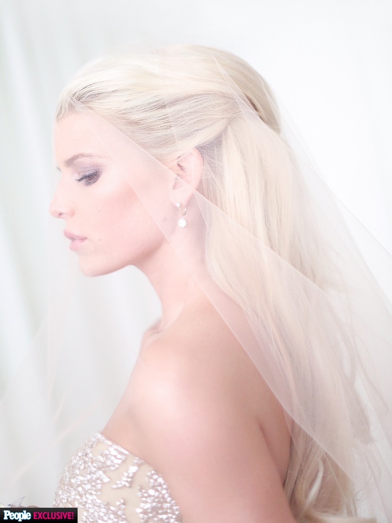Andrea Eppolito Events Las Vegas Wedding Planner Jessica Simpson Carolina Herrera Discuss Her Wedding Gown