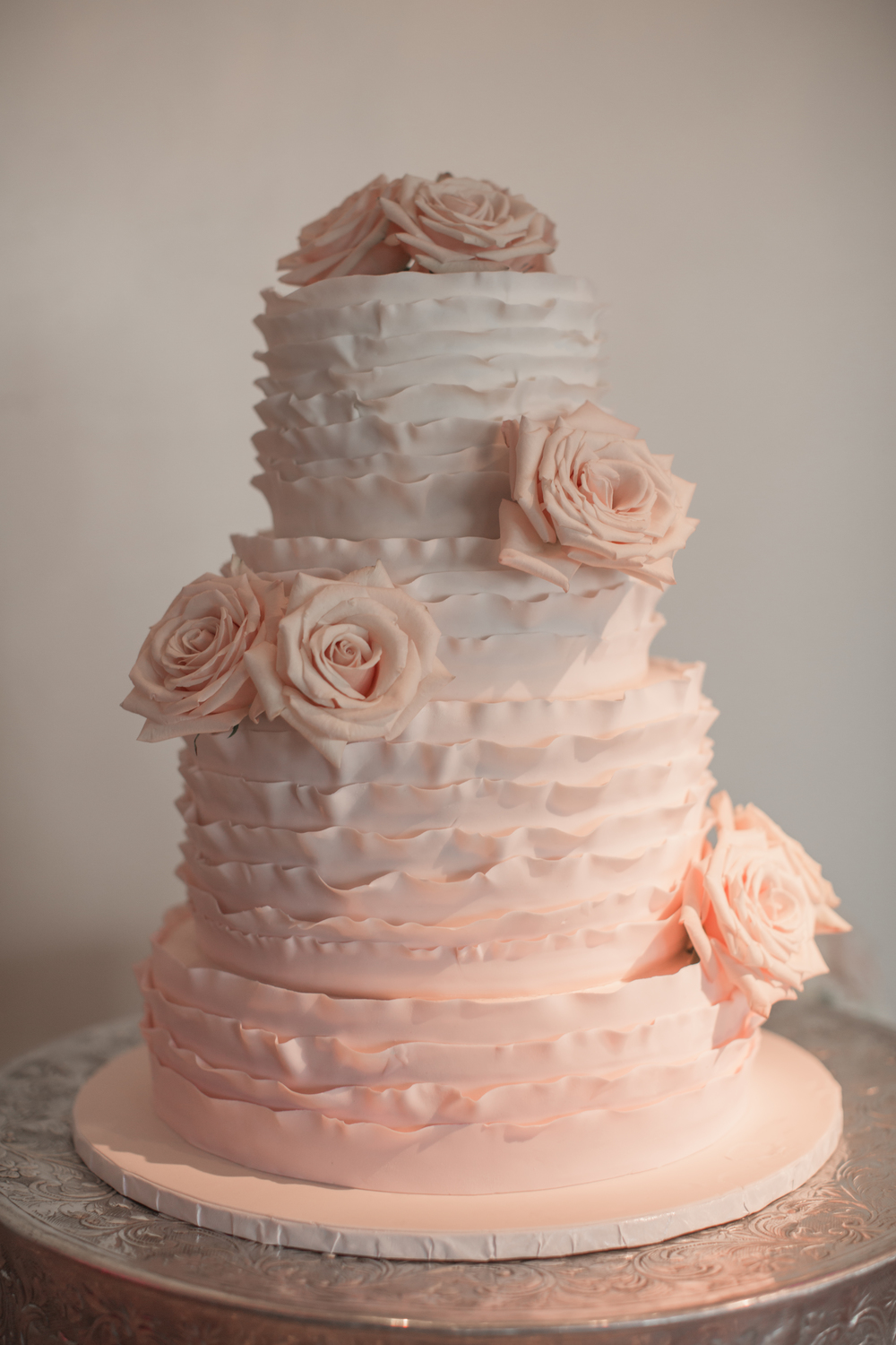 peach white and silver wedding cake andrea eppolito events las vegas wedding planner 2014 18154