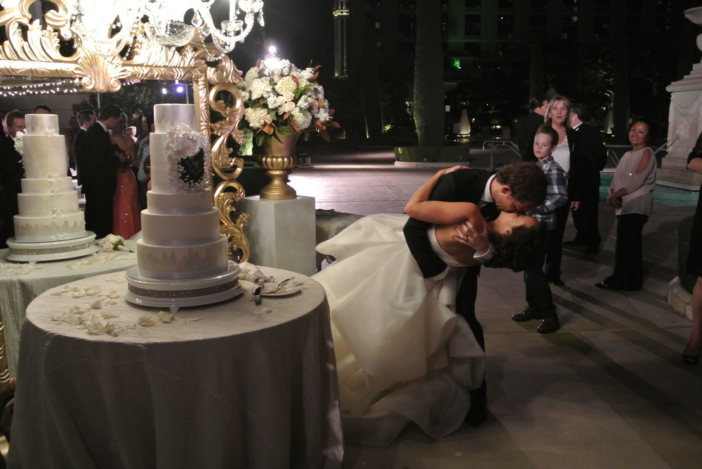 Wedding Cake & Epic Kisses -  Las Vegas Wedding Planner Andrea Eppolito  |  Wedding at Bellagio Las Vegas