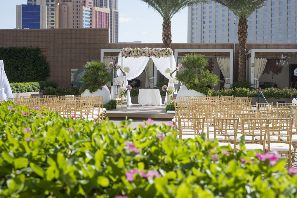 Rooftop Wedding at the Mandarin Oriental