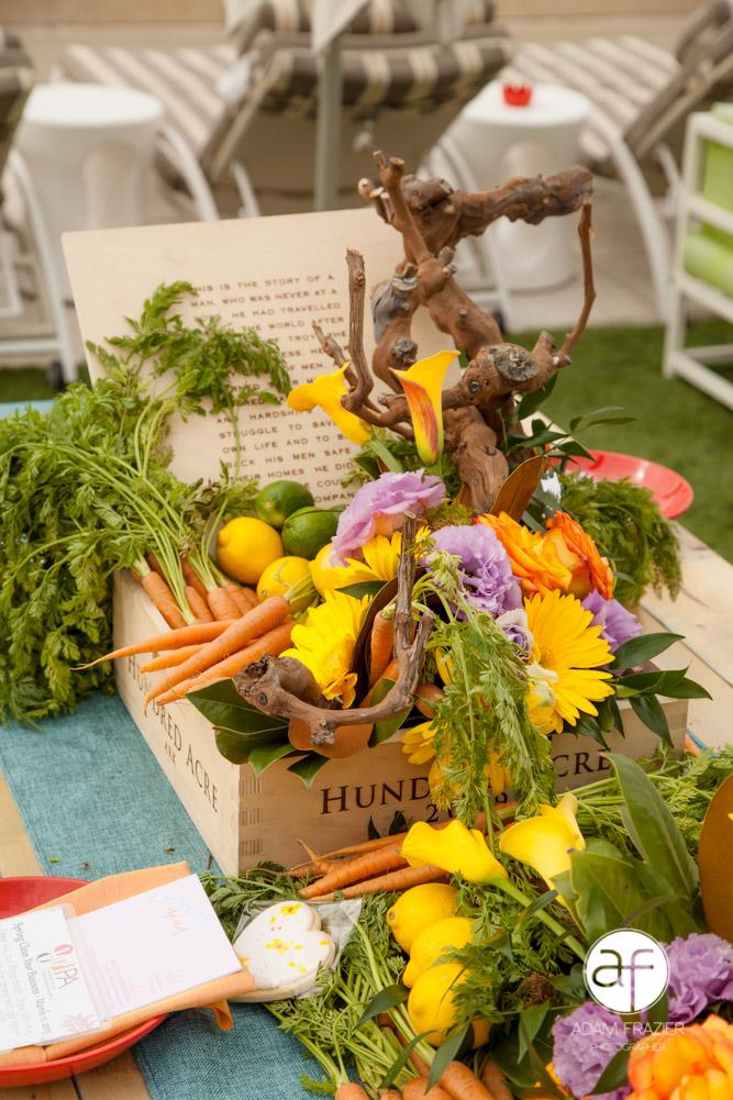 Farmer's Market inspired tables cape by our friends and the very talented Floral 2000.