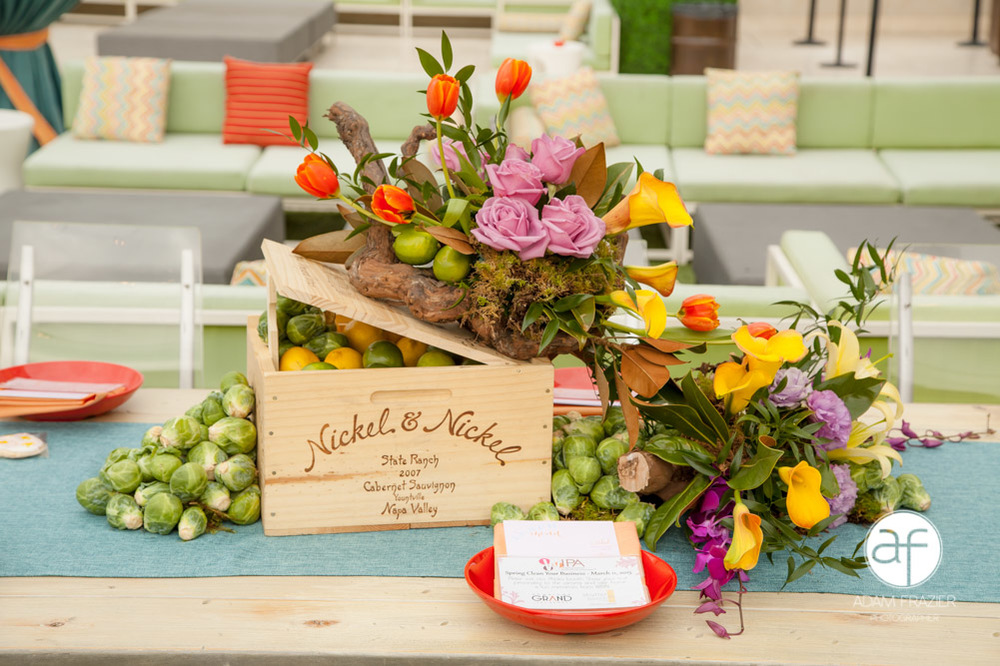 Beautiful, natural table centerpieces by Floral 2000.