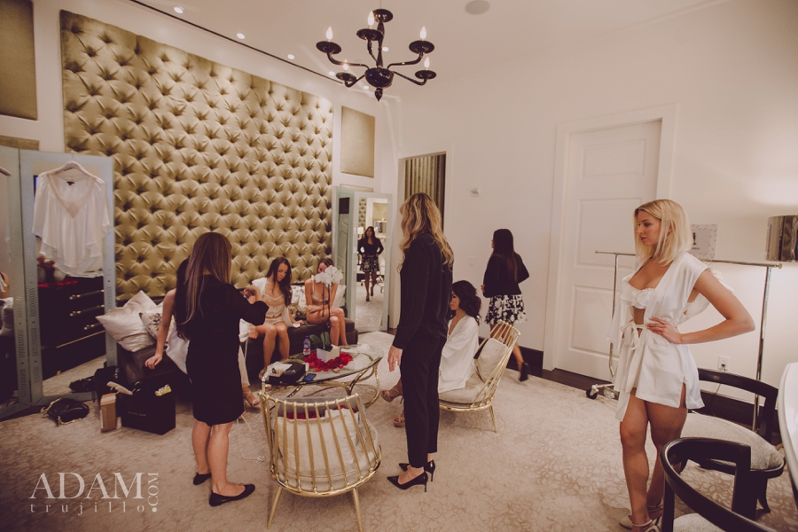 Las Vegas Wedding Planner Andrea Eppolito shares photos of WIPA Members mingling in the Aria Chapel and inspecting the offers from Kiki DM; taken at the WIPA Meeting of June 2015.