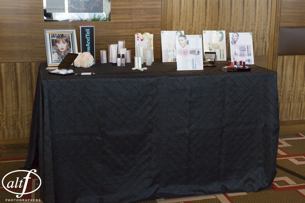 Gifting Sponsor Mary Kay by Rebecca Gullixson