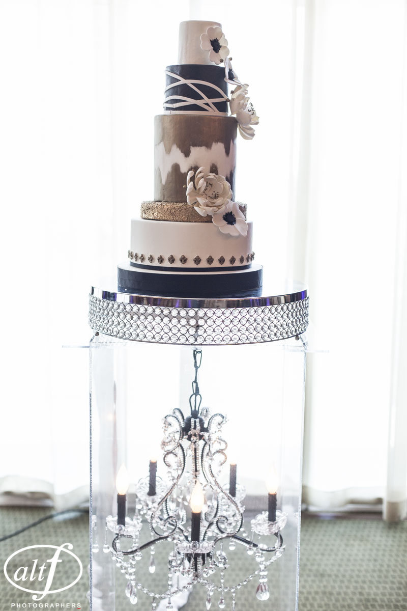 Black White and Gold Gatsby Wedding Cake by Peridot Sweets