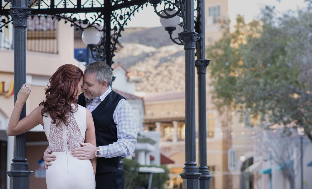 LasVegasWeddingPlanner | AltF Photography Engagement Photo