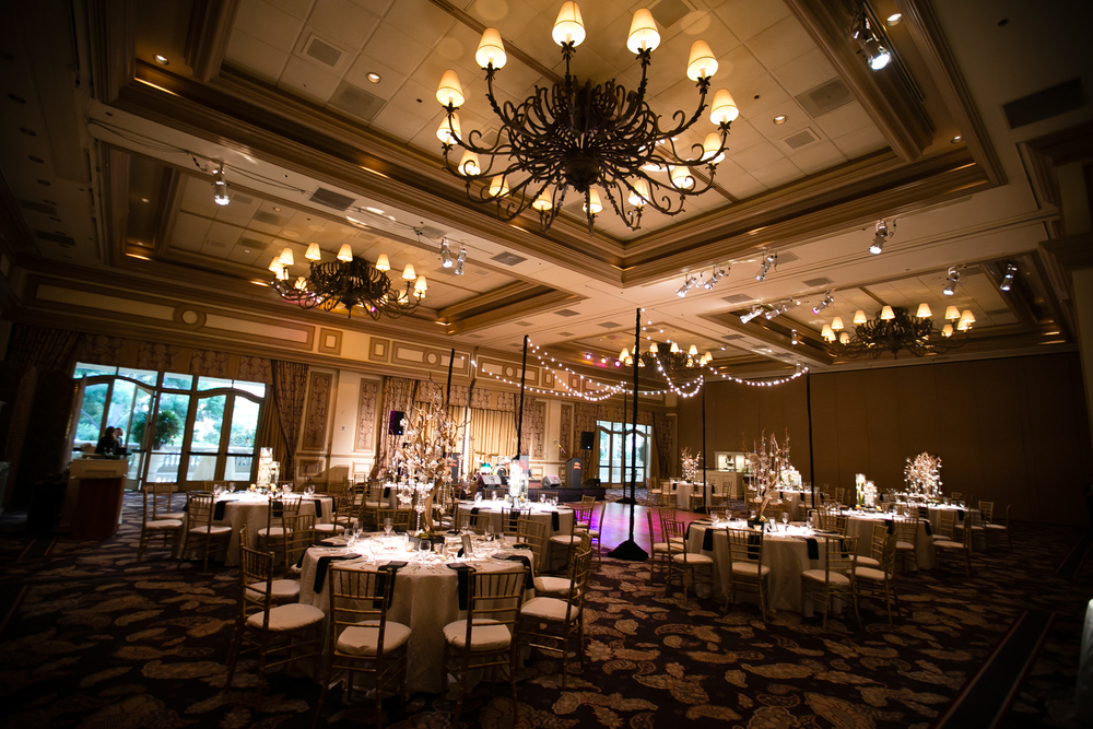 Gold and ivory wedding at the Bellagio by Las Vegas Wedding Planner Andrea Eppolito.