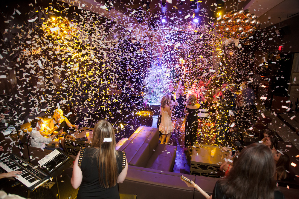 When possible, always end with confetti!  Celebrated Las Vegas Wedding Planner Andrea Eppolito designed and hosted The Knot Rocks JCK 2016 Party at Hyde Bellagio.
