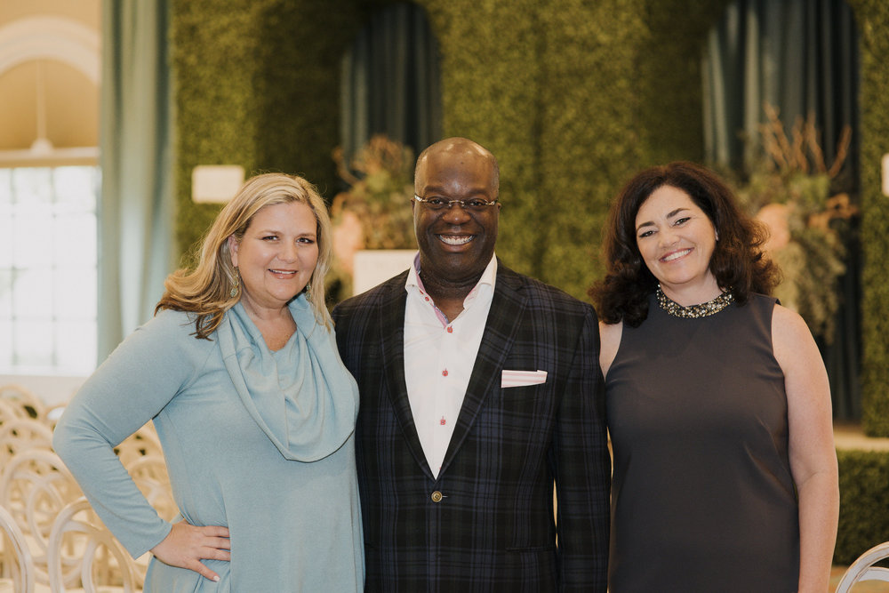 Engage founders Katherine & Rebecca with motivational speaker and mentor Simon T. Bailey.  Photo by Gigi de Manio.