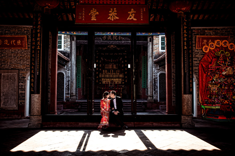 Las Vegas Wedding Planner Andrea Eppolito shares these Hong Kong Engagement Photos taken by  Aperture Photo .
