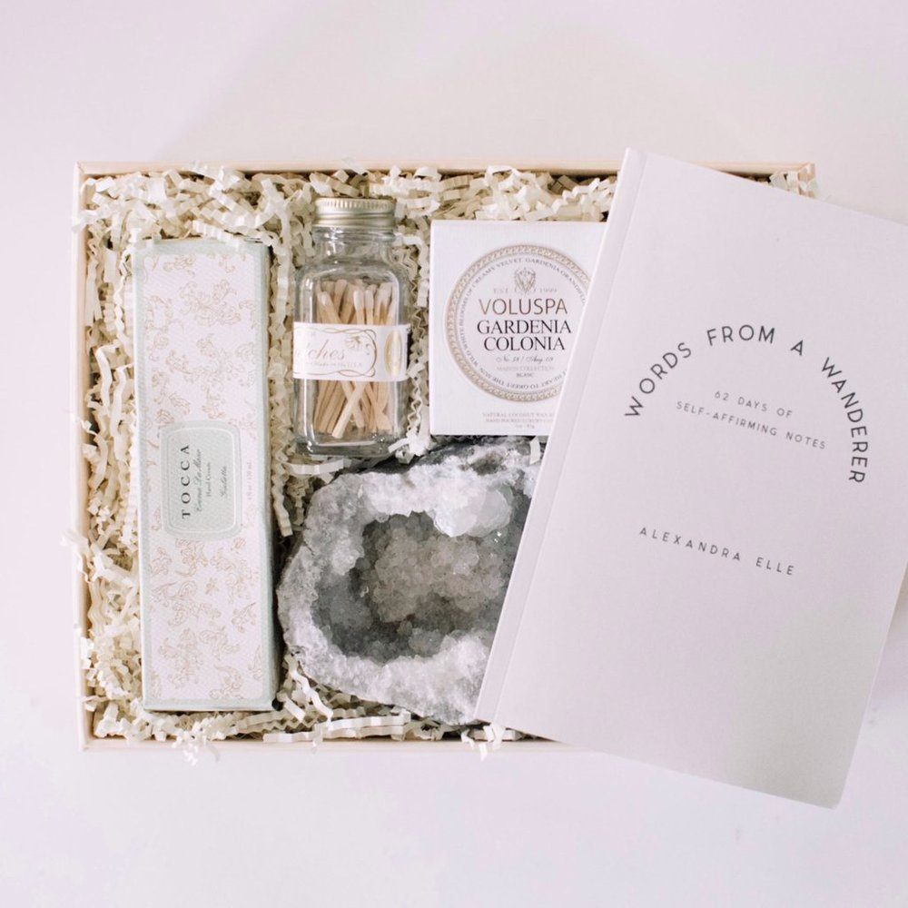 How amazing would it be to get this gift? Las Vegas Wedding Planner Andrea Eppolito works with Shop Box Fox to prepare hand curated, luxe gifts for brides, grooms, and their bridal party members. Photo courtesy of ShopBoxFox.com.
