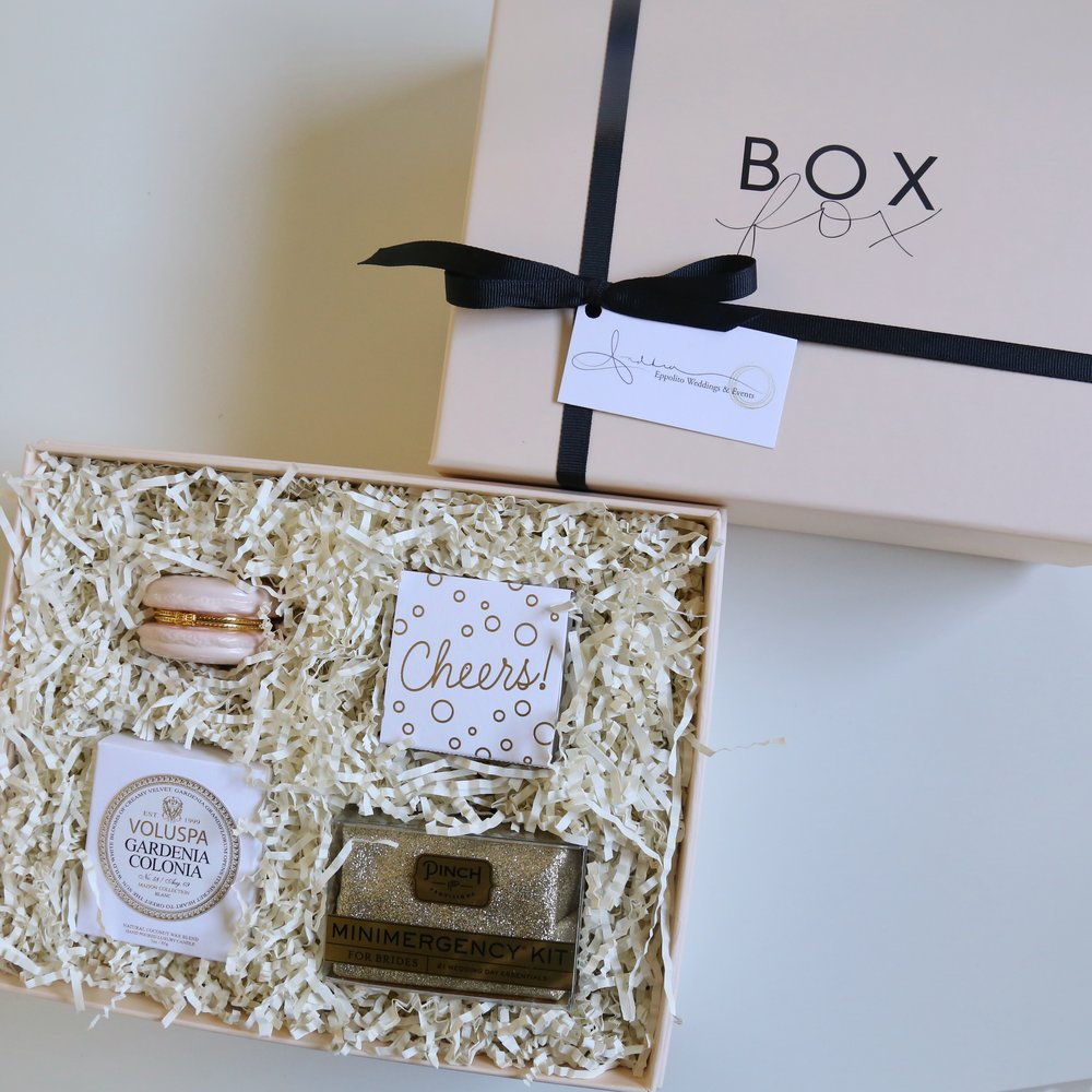 Las Vegas Wedding Planner Andrea Eppolito works with Shop Box Fox to prepare hand curated, luxe gifts for brides, grooms, and their bridal party members.  Photos courtesy of ShopBoxFox.com.