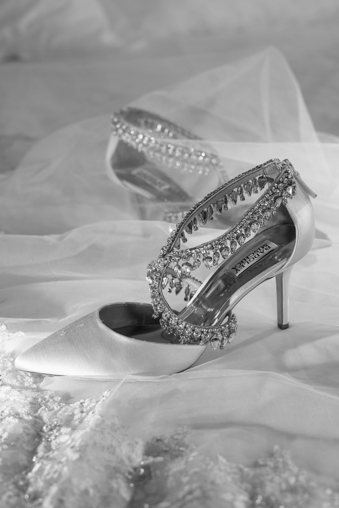 Wedding Shoe by Badgley Mischka.  Las Vegas Wedding Planner Andrea Eppolito.  Image by AltF Photography.
