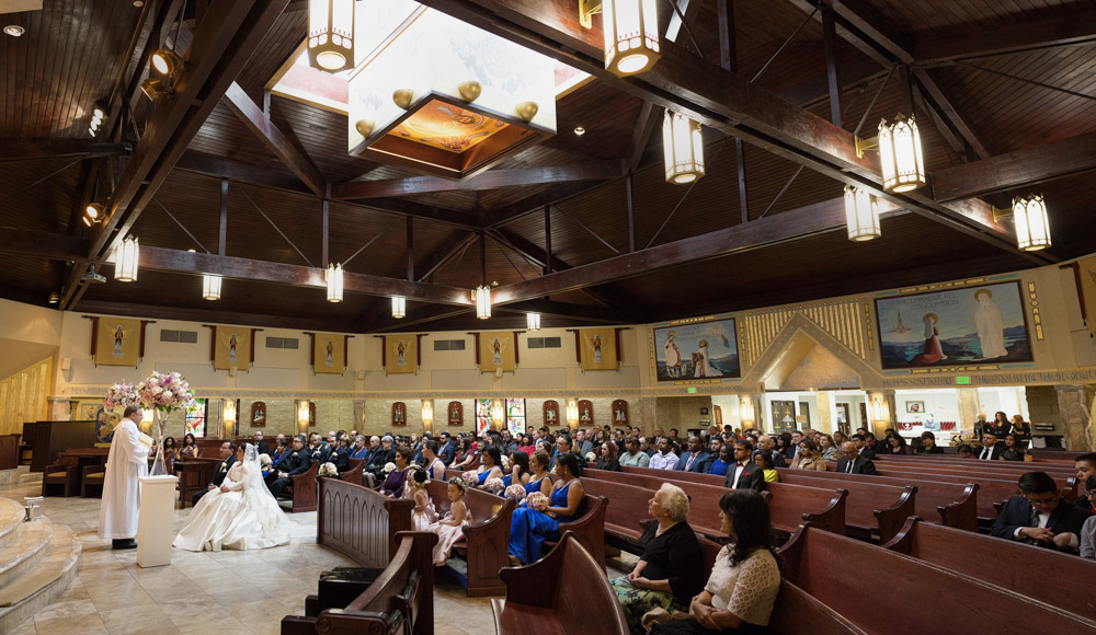 Catholic Mass in Las Vegas, Nevada.  Las Vegas Wedding Planner Andrea Eppolito.  Image by AltF Photography.   Floral and Decor by Destinations by Design.