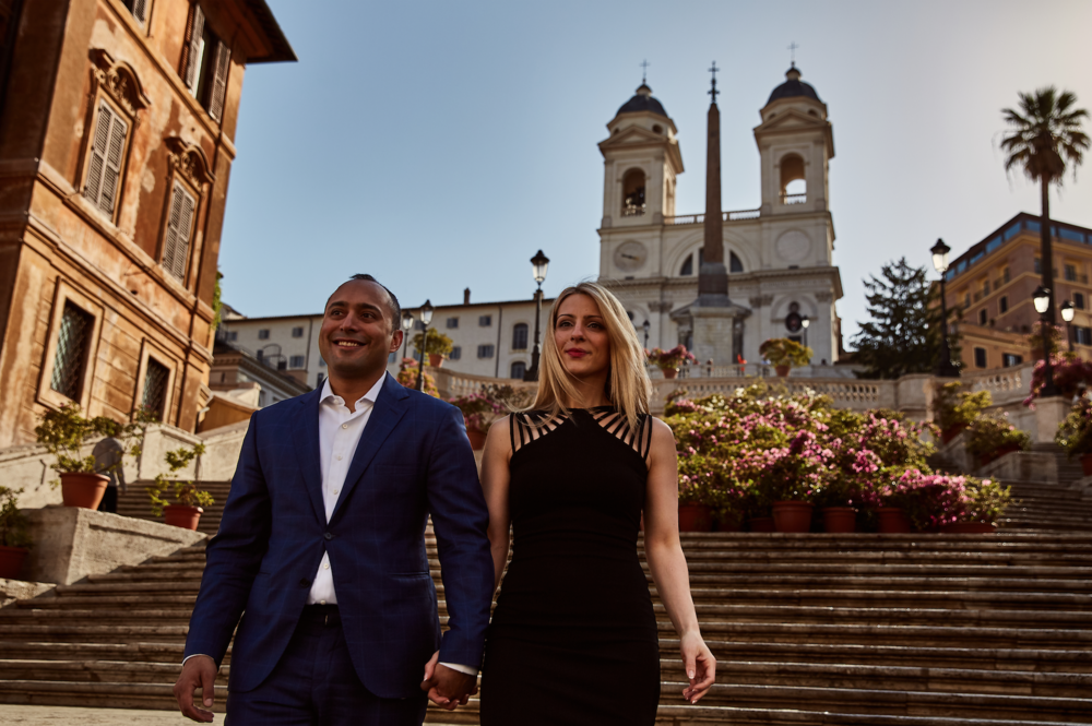 What to wear to your engagemnt photos.  Destination wedding planner Andrea Eppolito. Engagement photos in Italy.   Italian Imagery by D2 Photography.