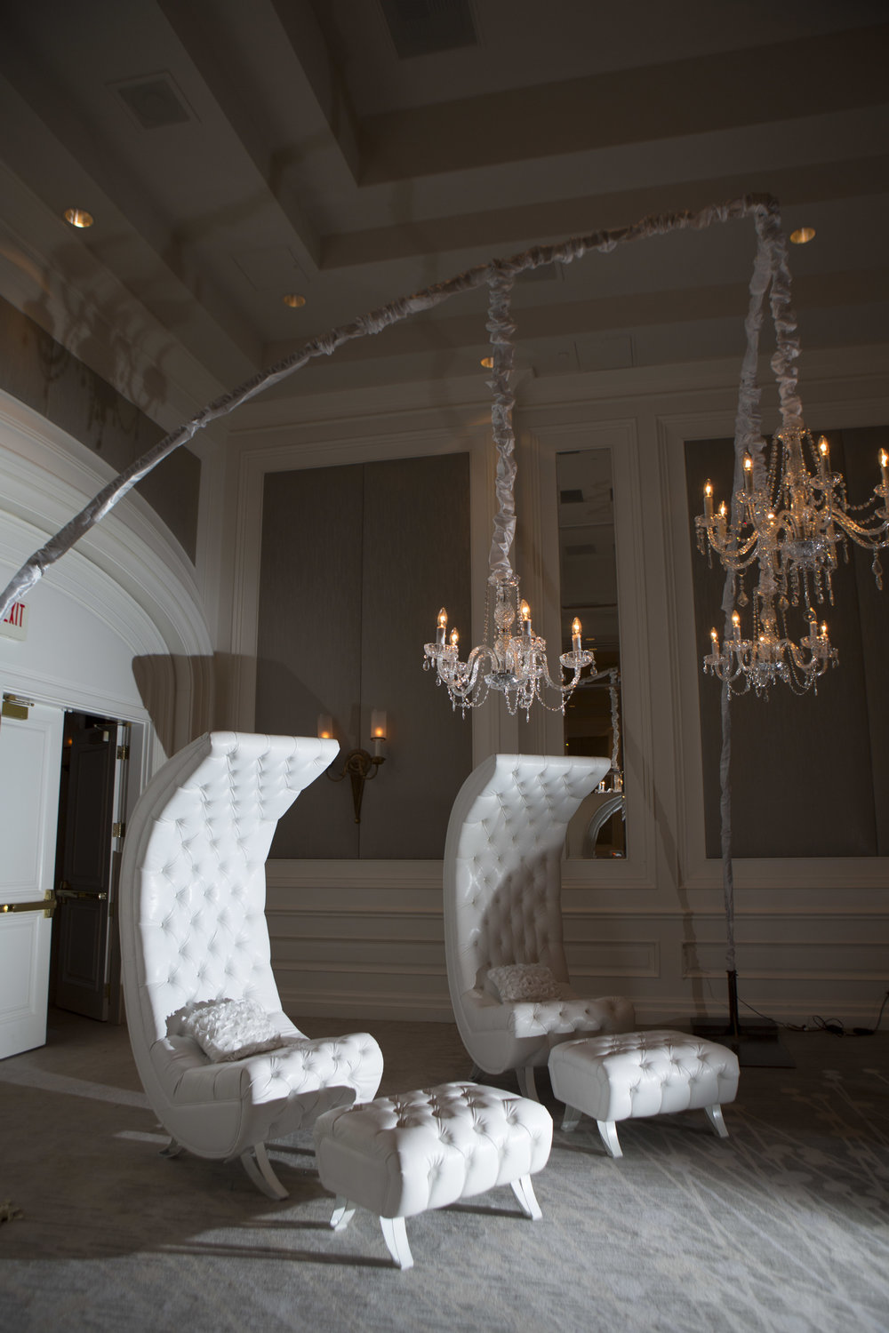 White lounge furniture for a white lounge.  Las Vegas Wedding Planner Andrea EPpolito.  Photo by AltF.