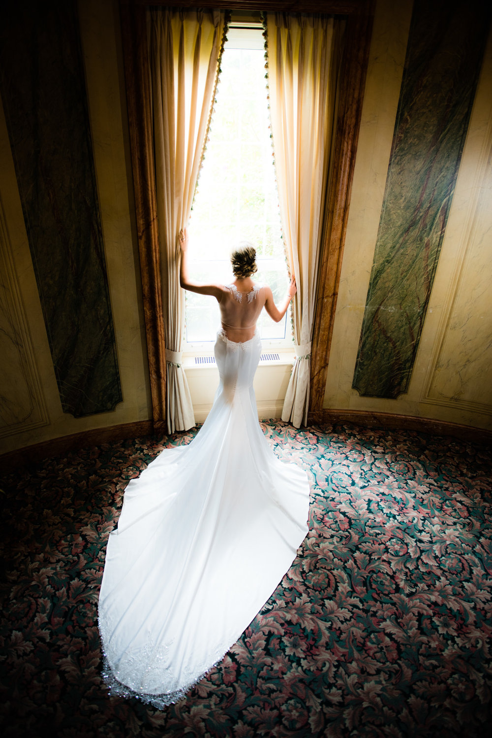 Bridal portrait from celebrity wedding photographer Brian Friedman of B Freed.