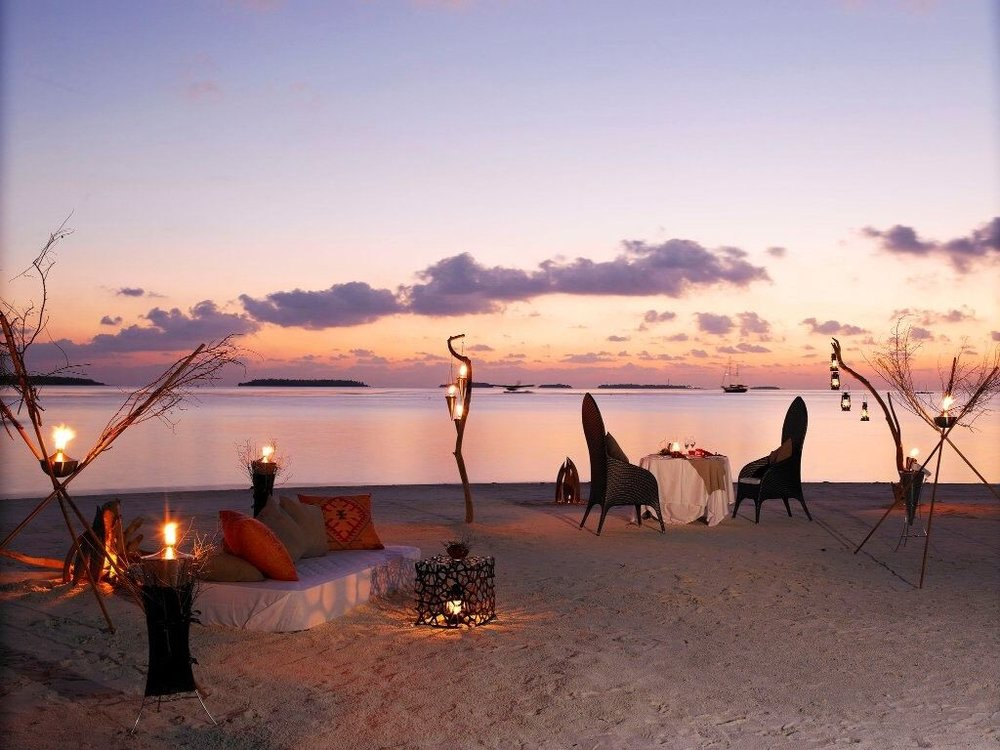 Exclusive honeymoons for affluent couples