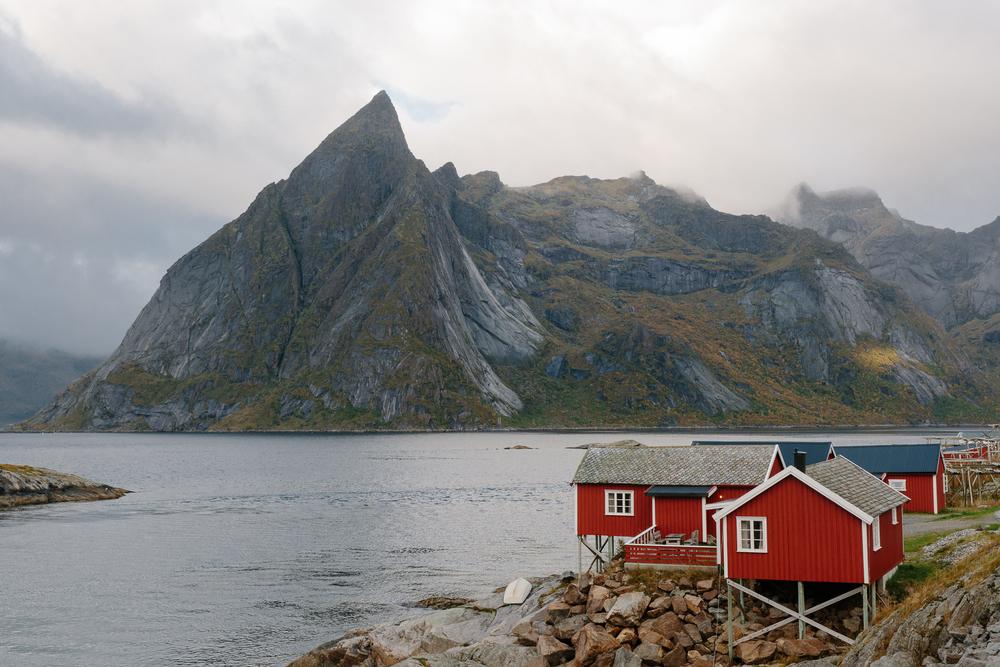 reine red cabin.jpg