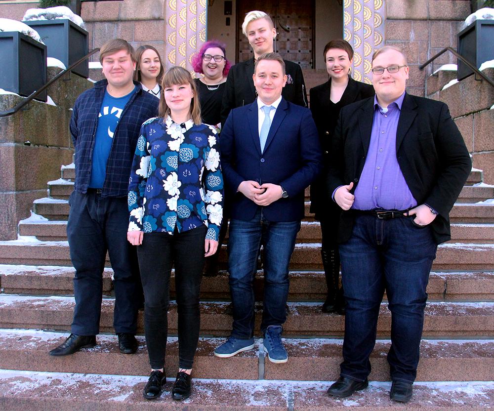 Liittohallitus kokousti Lahden kaupungintalolla kaupunginjohtajan vieraina.