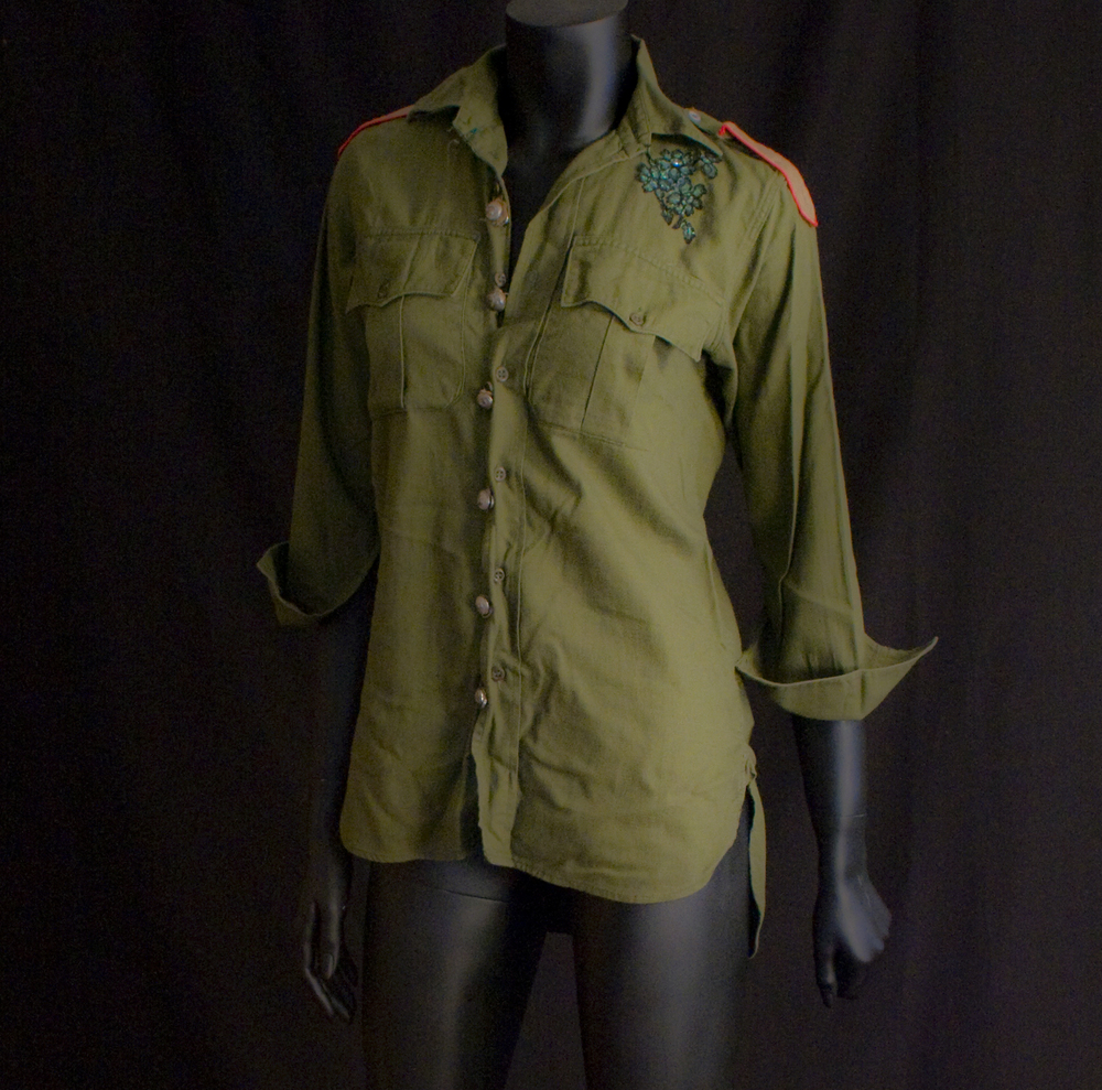Mel C Green Shirt 300 HQ.jpg