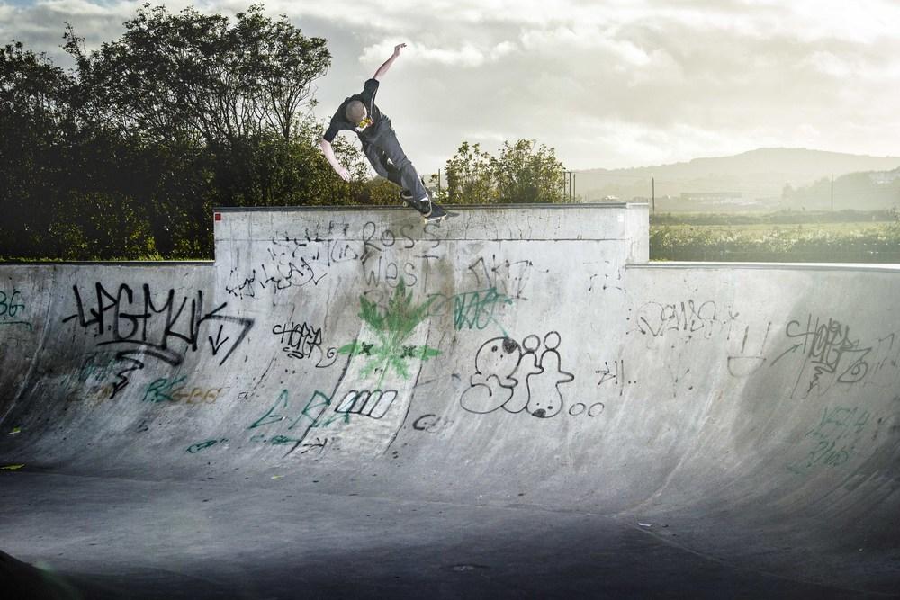 Rob Jones-Backside Smith Grind