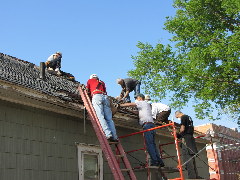 A volunteer group that stayed in the mission station working on one of the project houses.