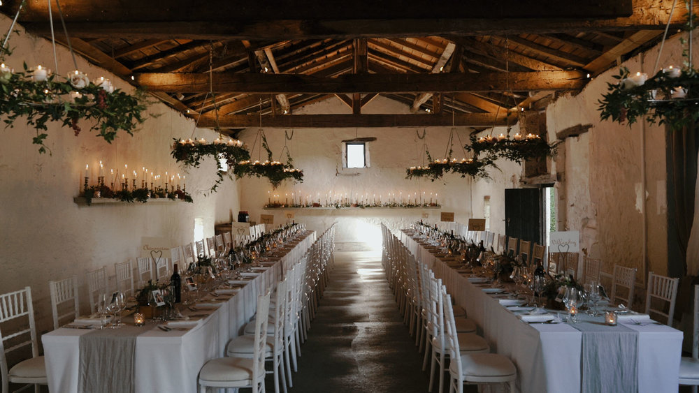Chateau Rigaud barn table layout