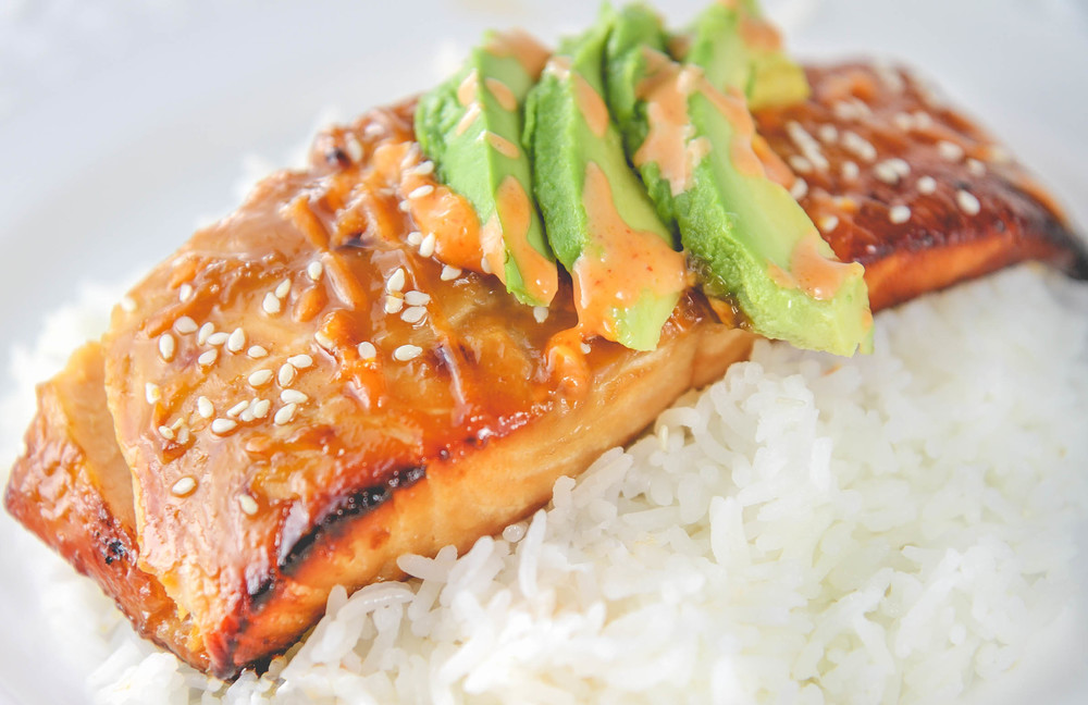 Baked Teriyaki Salmon with Mayo and Sriracha Sauce