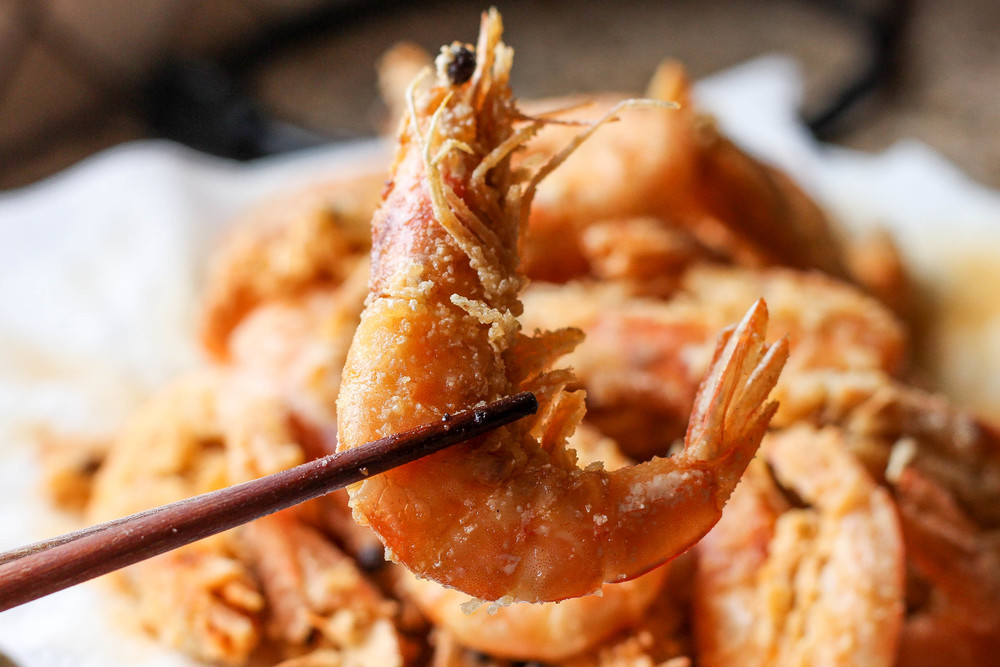 Deep-fried prawns