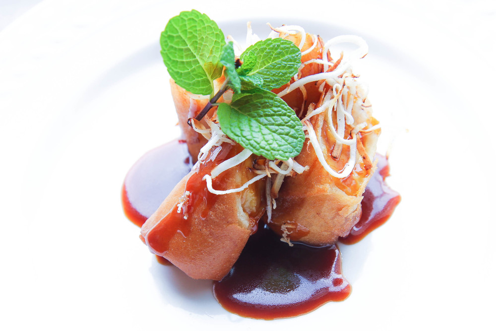 Fried Banana Egg Roll Coconut Caramel Sauce Chuoi Chien