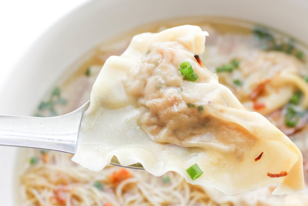 The perfect spoonful of wonton.