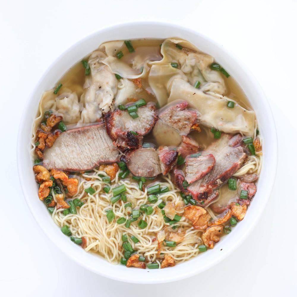 Wonton Egg Noodle Soup (Hoanh Thanh Mi) with Chinese/Vietnamese Barbecue Pork (Char Siu/Xa Xiu)