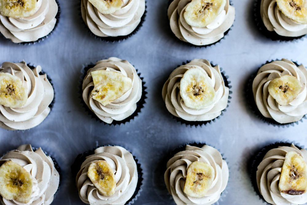 Banana-Chocolate-Cupcake-Brown-Sugar-Meringue-Frosting