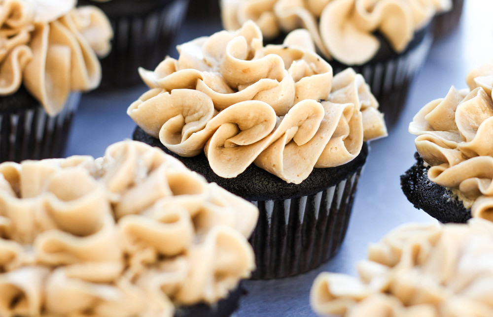 Coffee Cupcake with Swiss Meringue Coffee Frosting