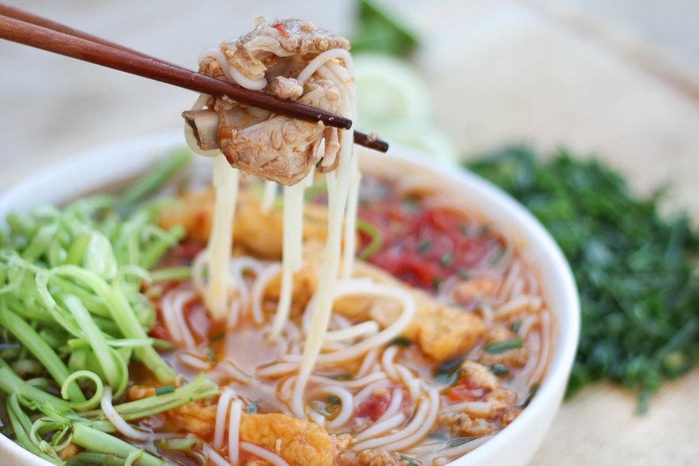 Vietnamese Pork & Crab Noodle Soup (Bún Riêu)