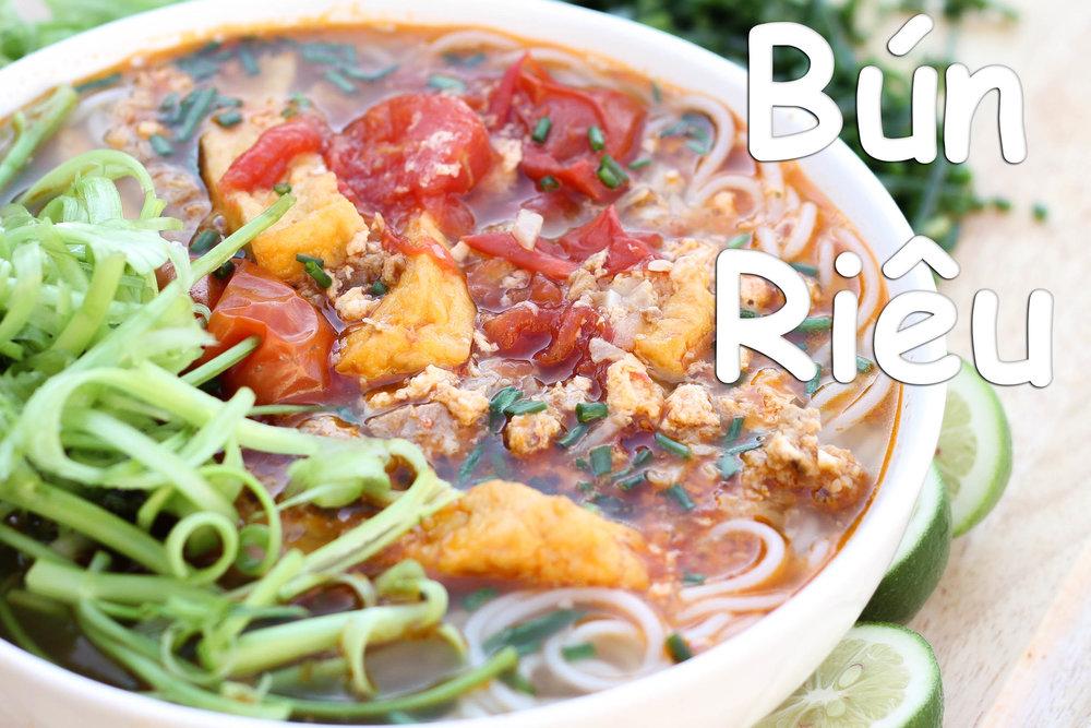Vietnamese Crab Noodle Soup Bun Rieu