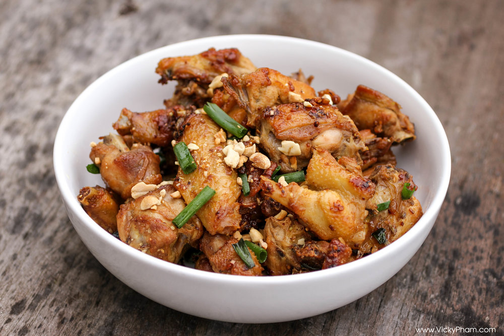 spicy lemongrass chicken ga chien sa ot