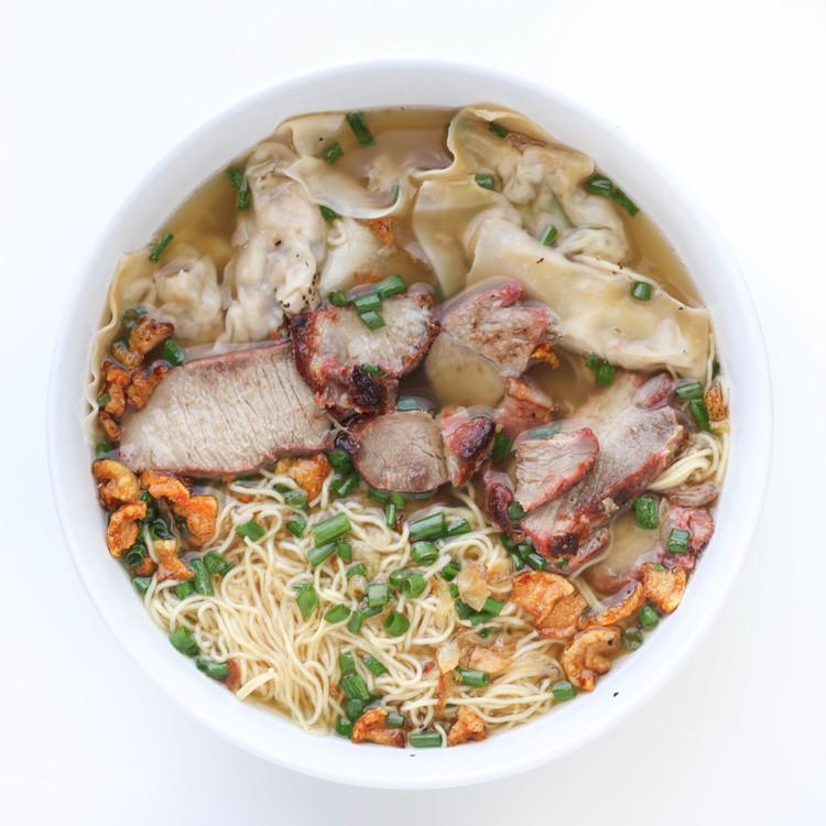 Vietnamese Egg Noodle Wonton Soup (Mì Hoành Thánh)with Chinese/Vietnamese Barbecue Pork   (Char Siu/Thịt Xá Xíu)
