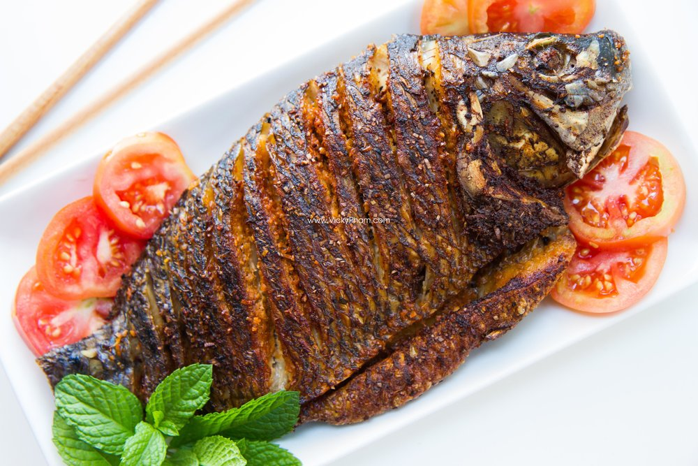Vietnamese Fried Fish with Lemongrass (Cá Chiên Sả)