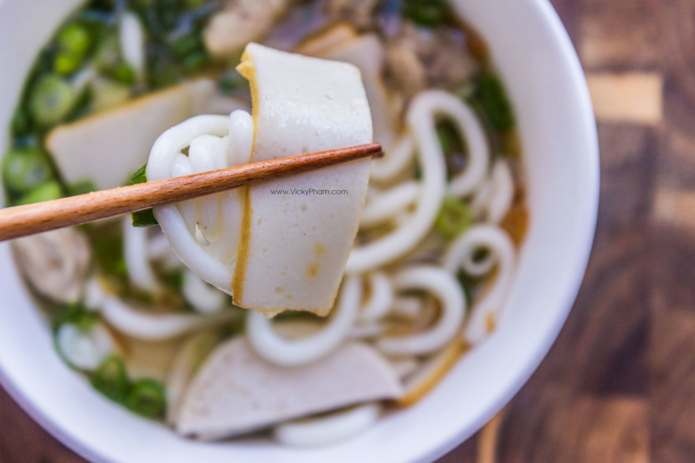 Vietnamese Thick Noodle Soup (Banh Canh)
