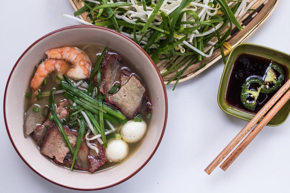 Vietnamese Pork & Seafood Noodle Soup (Hu Tieu Mi)