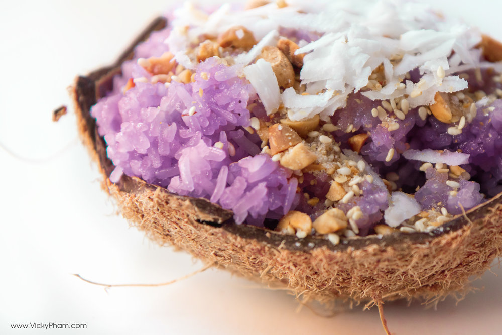Vietnamese Purple Sweet Rice - Xôi Lá Cẩm