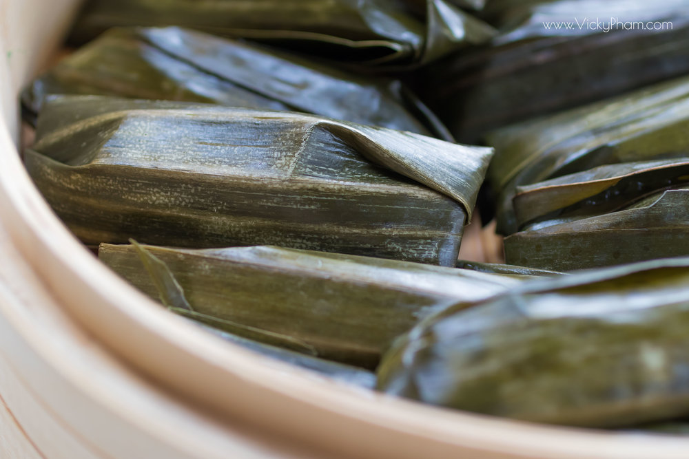 Vietnamese Clear Pork & Shrimp Dumplings Wrapped in Banana Leaves