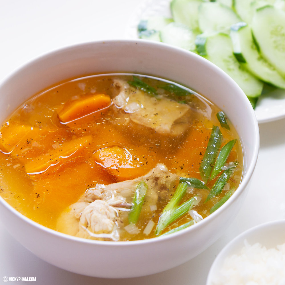 Vietnamese Kabocha Squash Soup with Chicken (Canh Bi Do Nau Ga)
