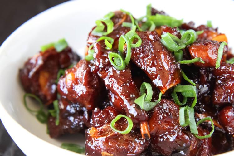 Vietnamese Caramelized Pork Spare Ribs (Suon Khia or Suon Ram Man