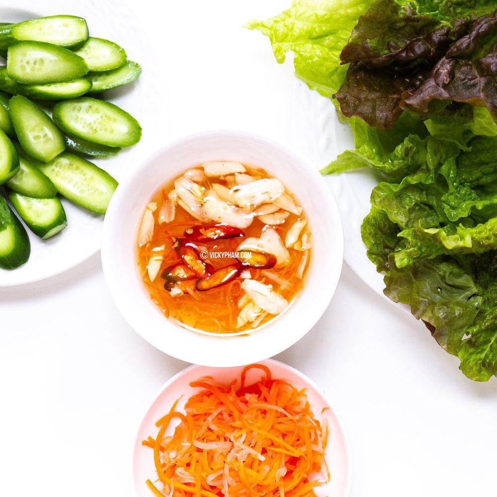 Vietnamese Fish Sauce Dipping Sauce (Nuoc Mam Cham)