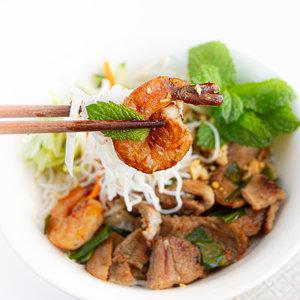 Vietnamese Pork & Seafood Noodle Soup (Hu Tieu Mi) — Vietnamese Home